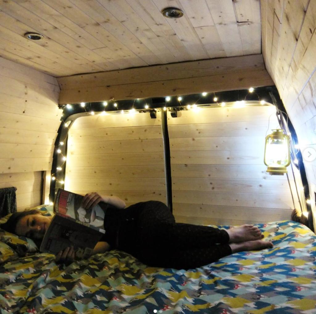 Vincentvanlife - Bed
