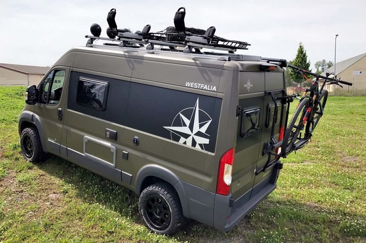 westfalia 39 s amundsen 540d off road camper combines luxury with versatility. Black Bedroom Furniture Sets. Home Design Ideas