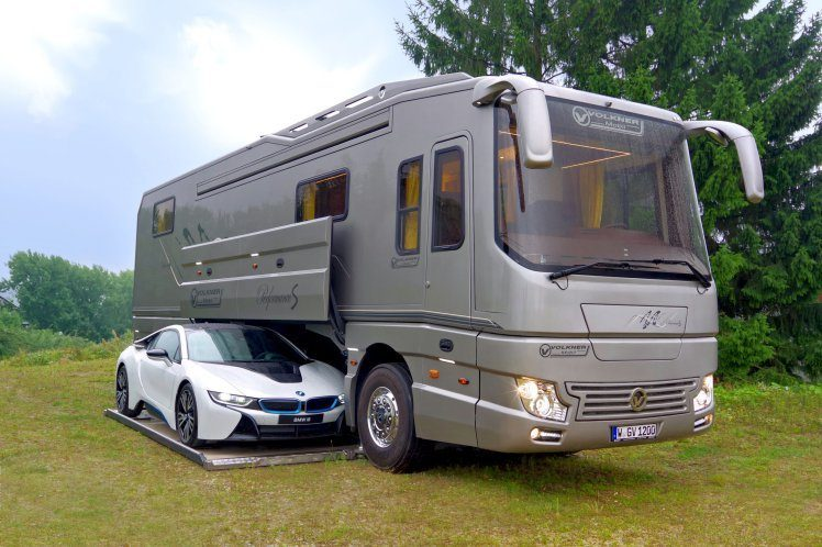 Luxury Motorhome - Supercar