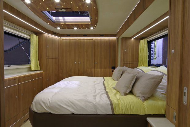 Luxury Motorhome - Bed