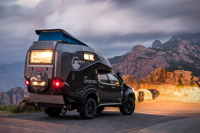 Toyota-Hilux-Expedition-V1-Camper-3