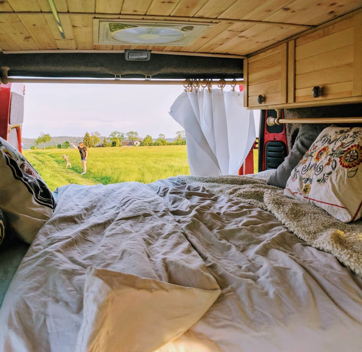 Van Life Czech Republic - Bed Days