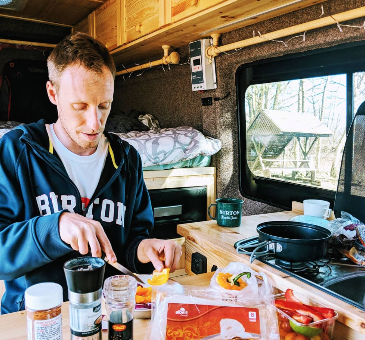Van Life Czech Republic - Cooking