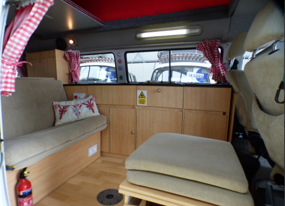 Top Eco Campers - VW BUS INSIDE