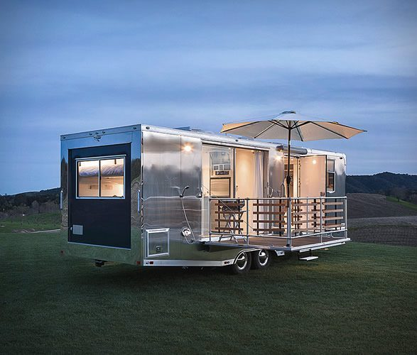 Tiny House - living vehicle exterior