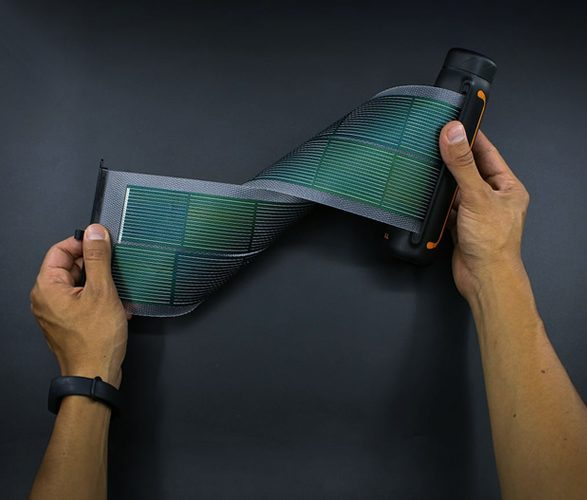 Portable Solar Charger - Flex
