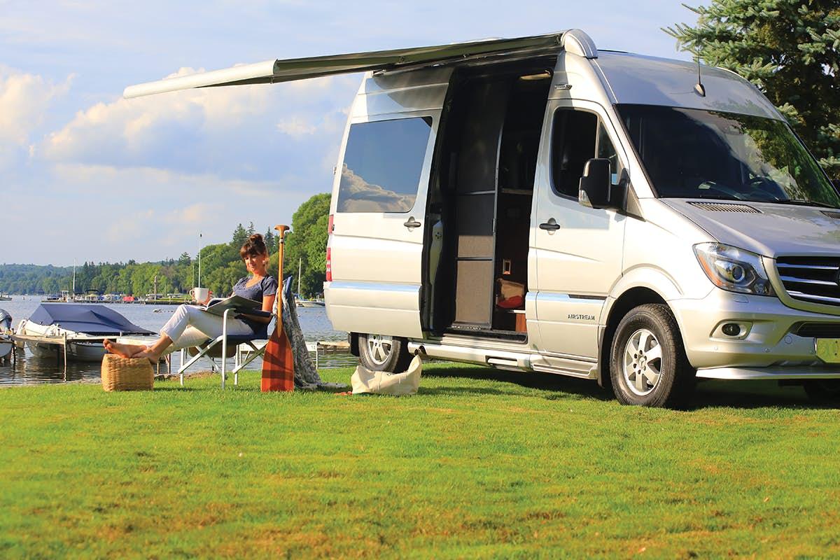 Airstream Camper - Camping