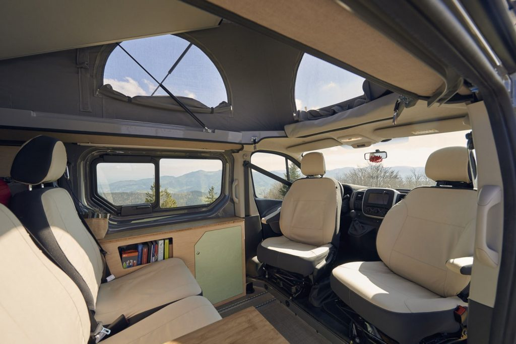 Renault Trafic Interior 2