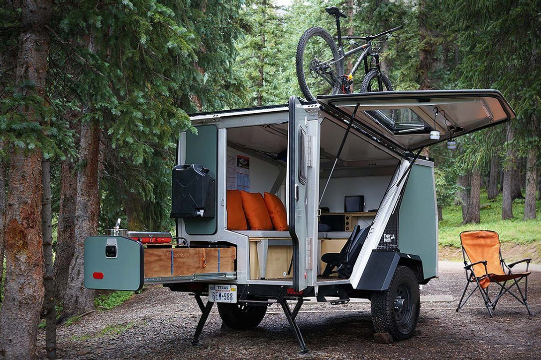 camper trailer - bicycle