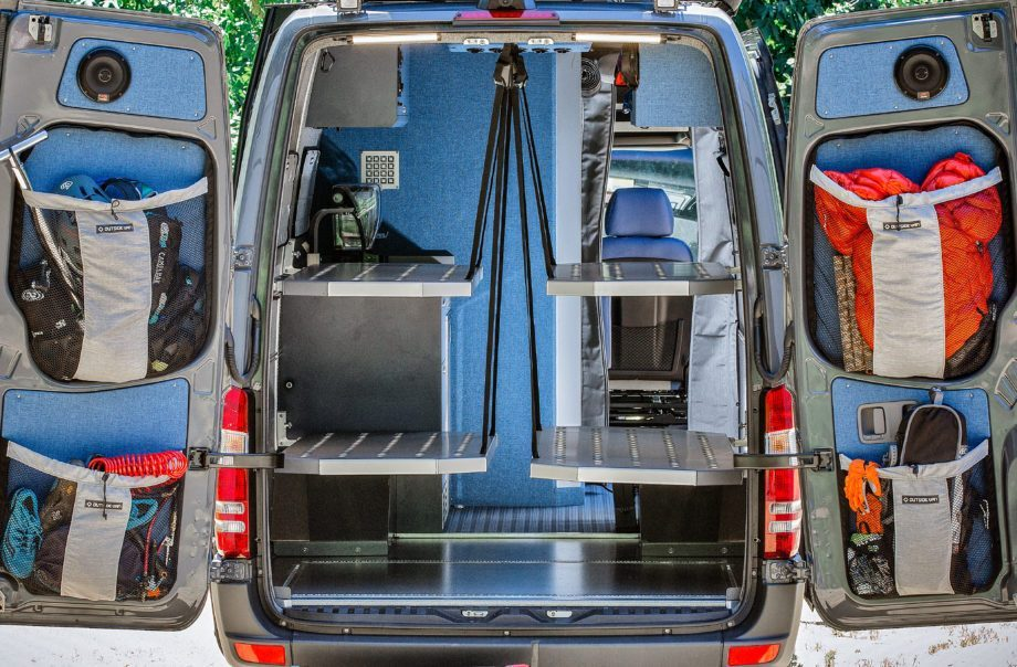 Off Grid Van - Bunk beds
