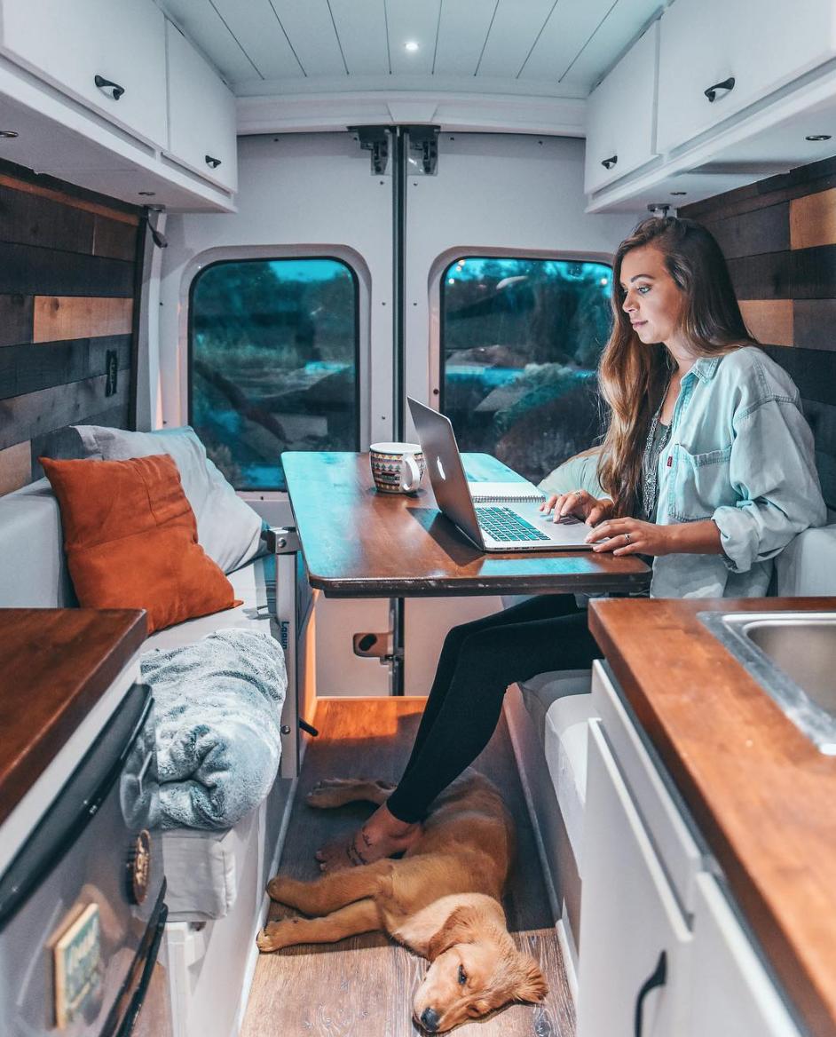 Van Life Instagram - divine on the road