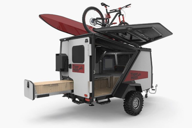 Camper Trailer - feature