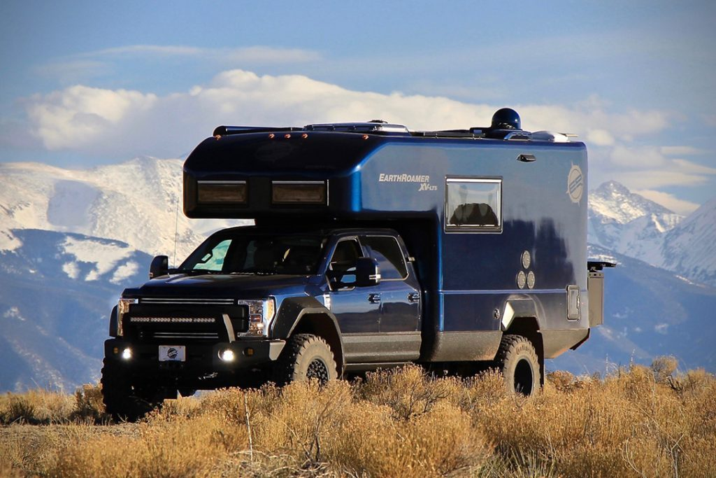 Ford EarthRoamer - side on