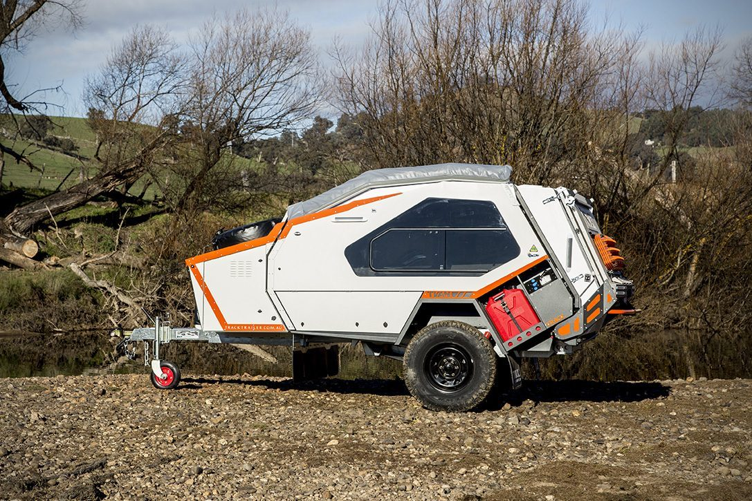 Off road trailer - side on