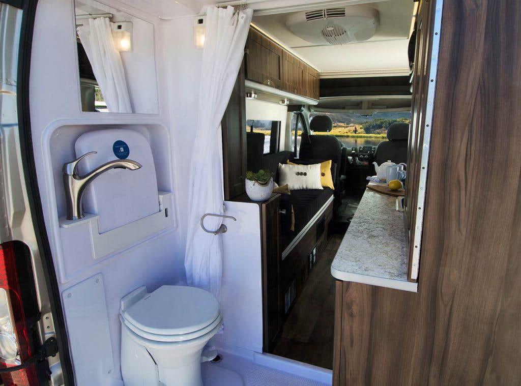 Carado Axion - bathroom
