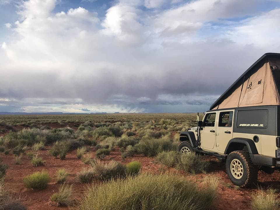 Jeep Wrangler Camper - safari