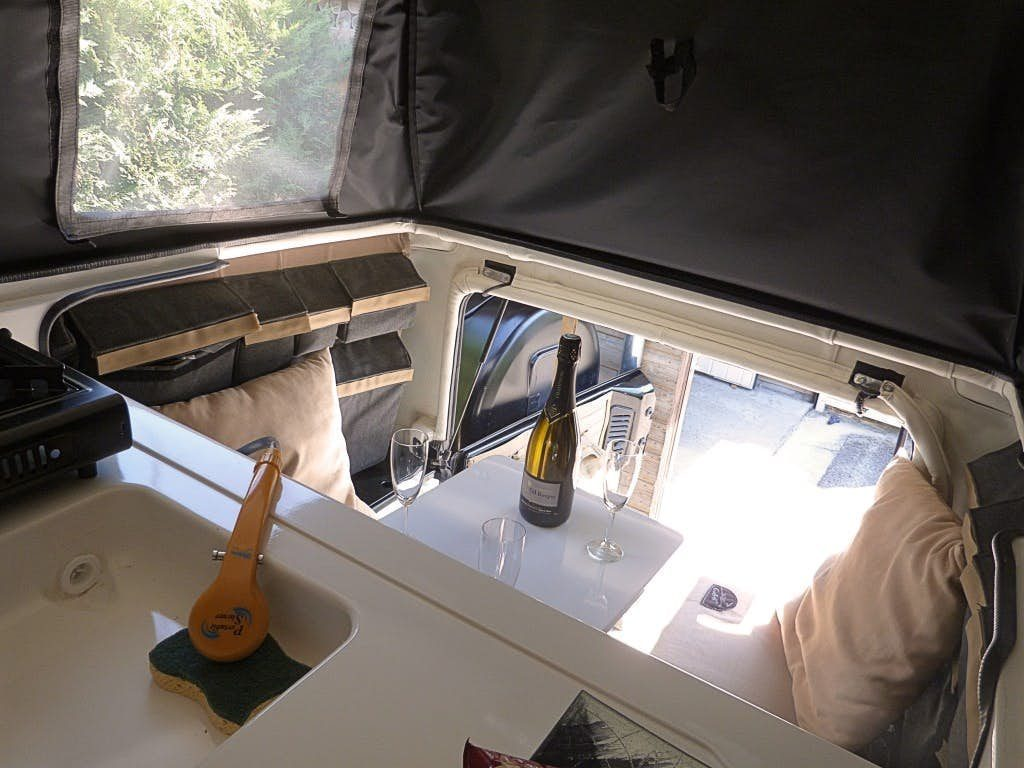 Jeep Wrangler Camper - inside pop top