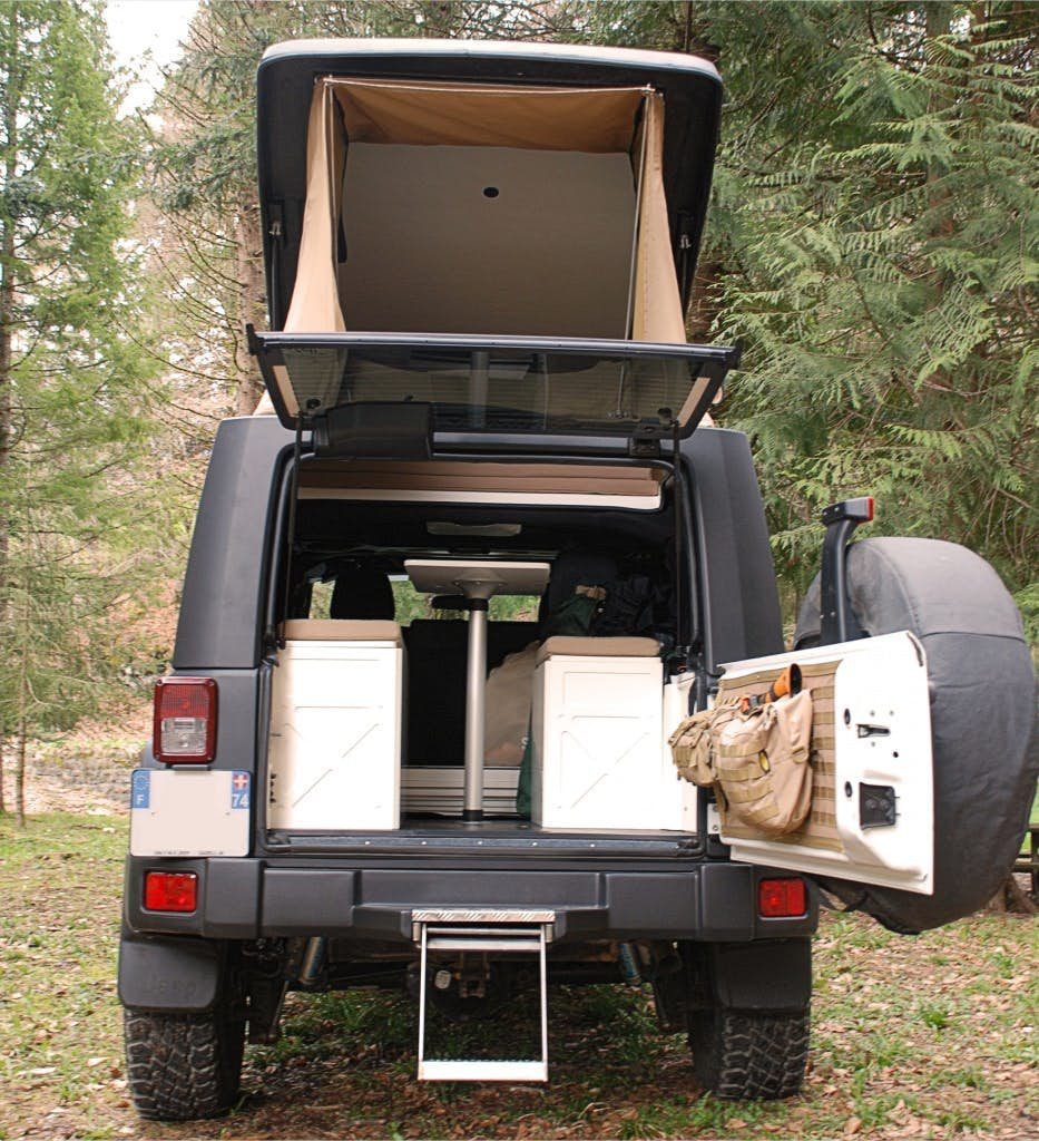 Jeep Wrangler Camper - back door