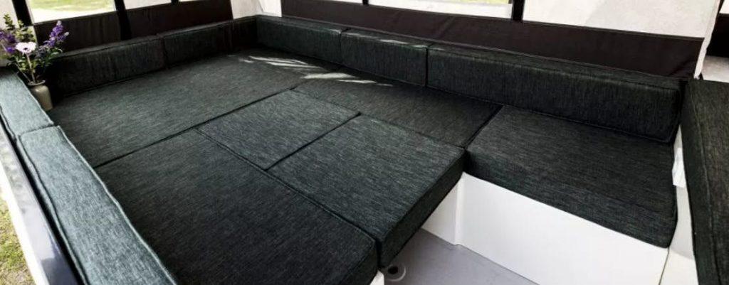 pop up trailer - bed