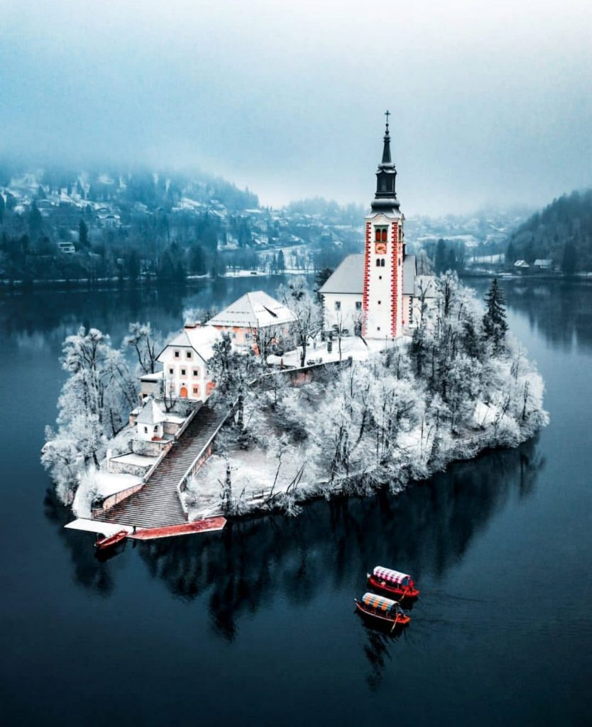 van life travel - lake bled