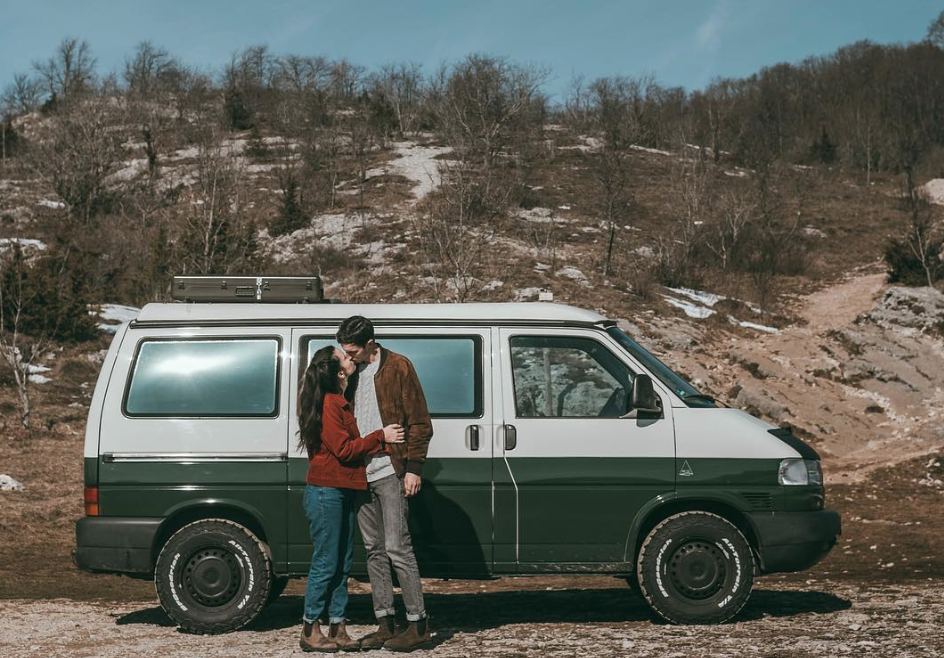 van life influencers - pinepins