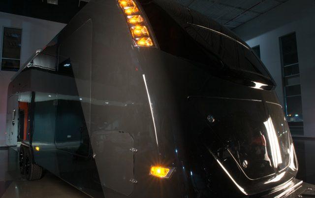 carbon fiber caravan - exterior