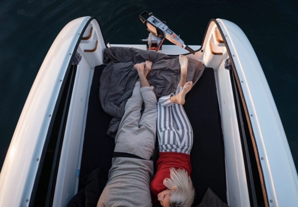 Amphibious camper - bed out