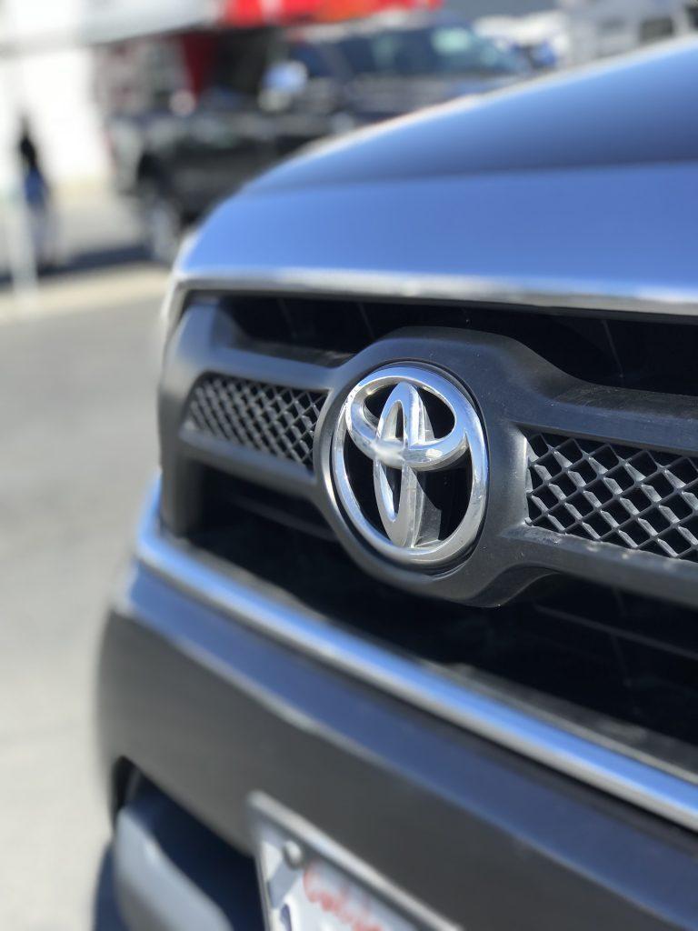 Toyota Tacoma Camper logo