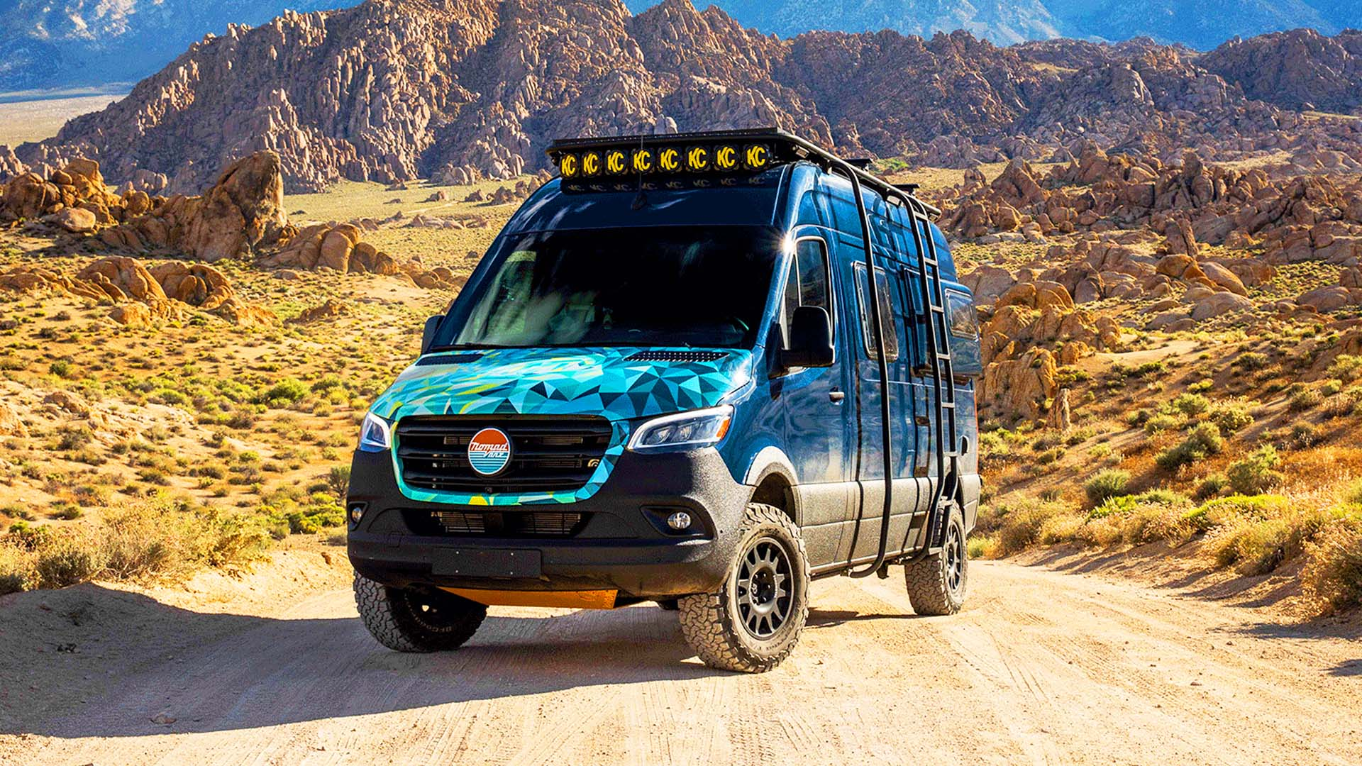Inside Nomad Vanz $200K Off Road 2019 Mercedes Sprinter