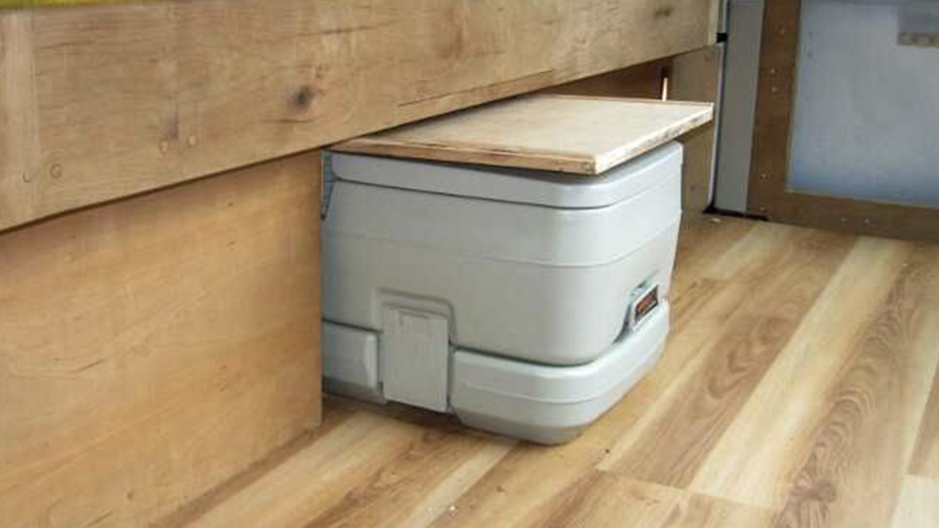 Thetford Porta Potti Qube 365 portable festival boating camping toilet ***NEW***