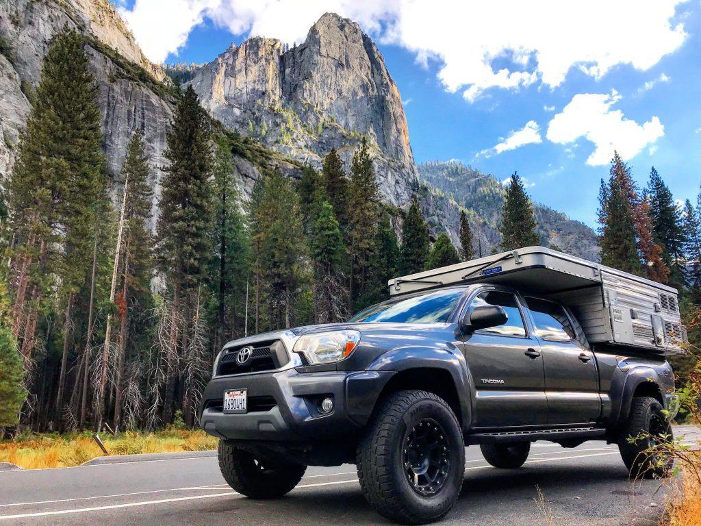 Van Life America - Parking by Yosemite