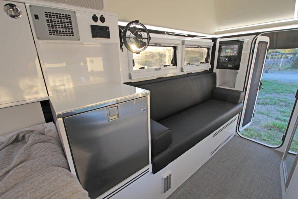 bruder exp 6 interior