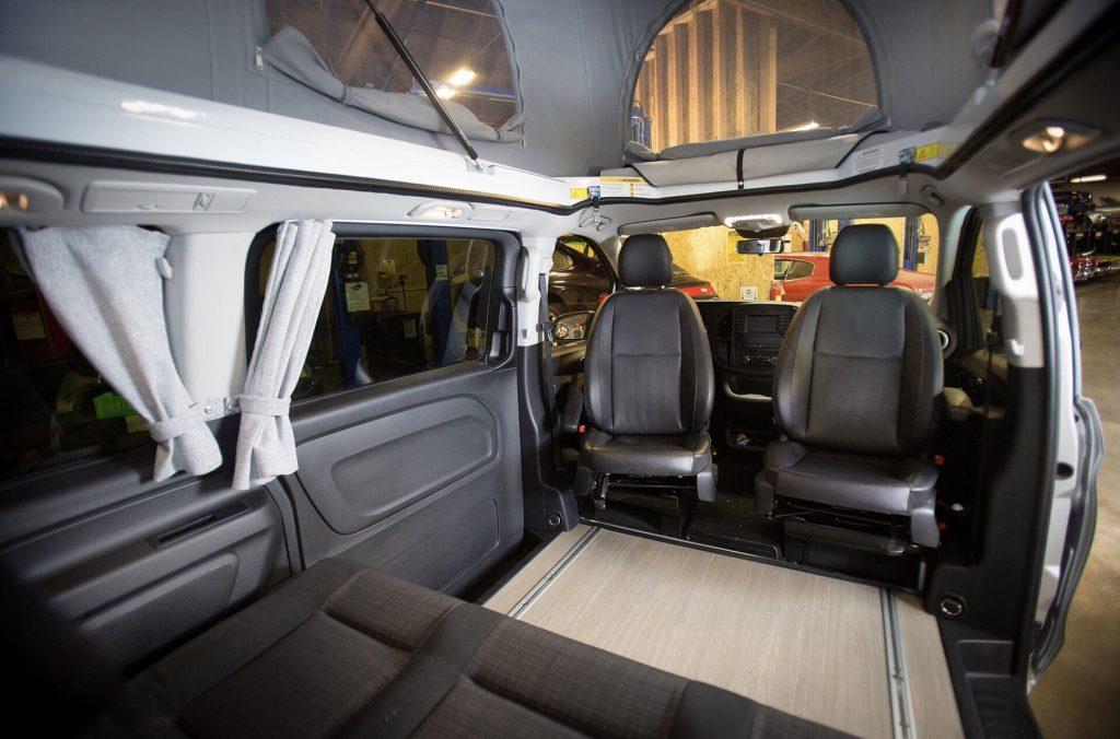 Mercedes Metris weekender - interior space