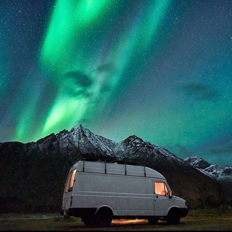 Van under the Northen lights