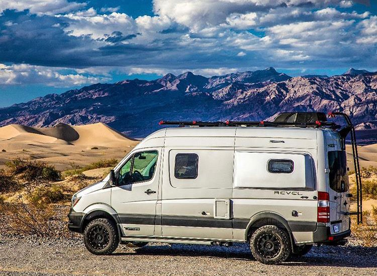 Free camping - sprinter in Death Valley