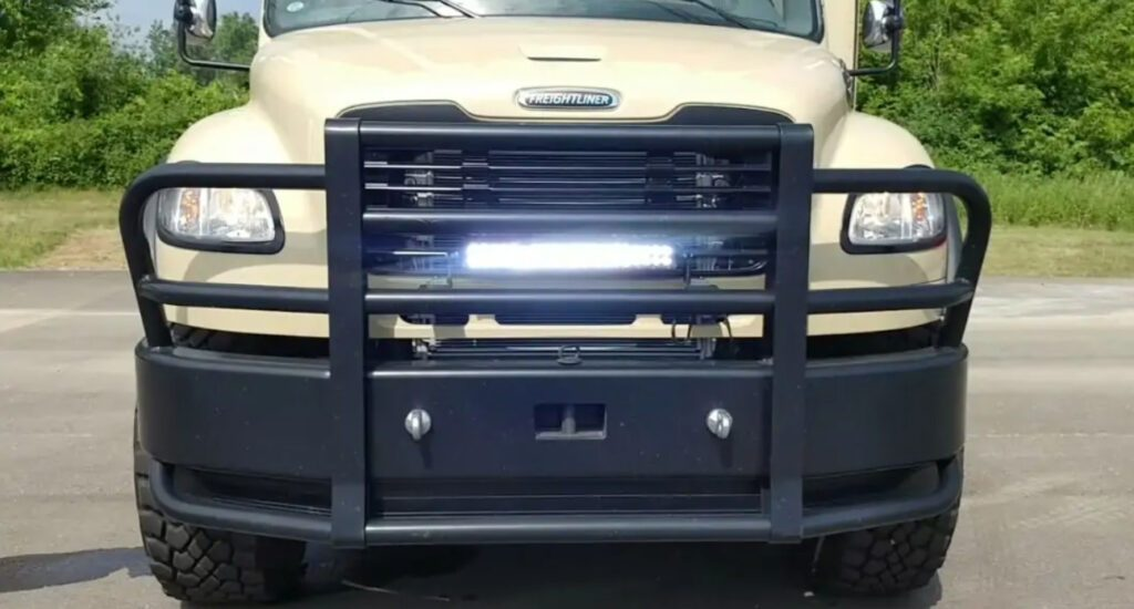 Showhauler 4x4 RV Bull Bumper