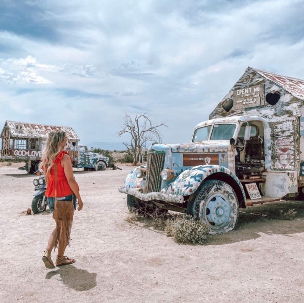 Slab City Campervan Art with a visitor