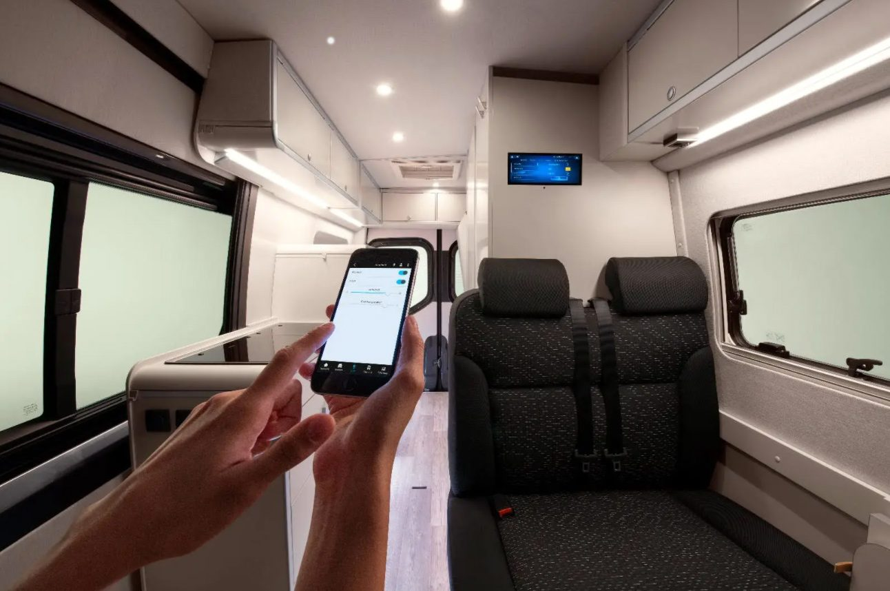 mercedes-campervan-sprinter-connected-smart-home-interior-1