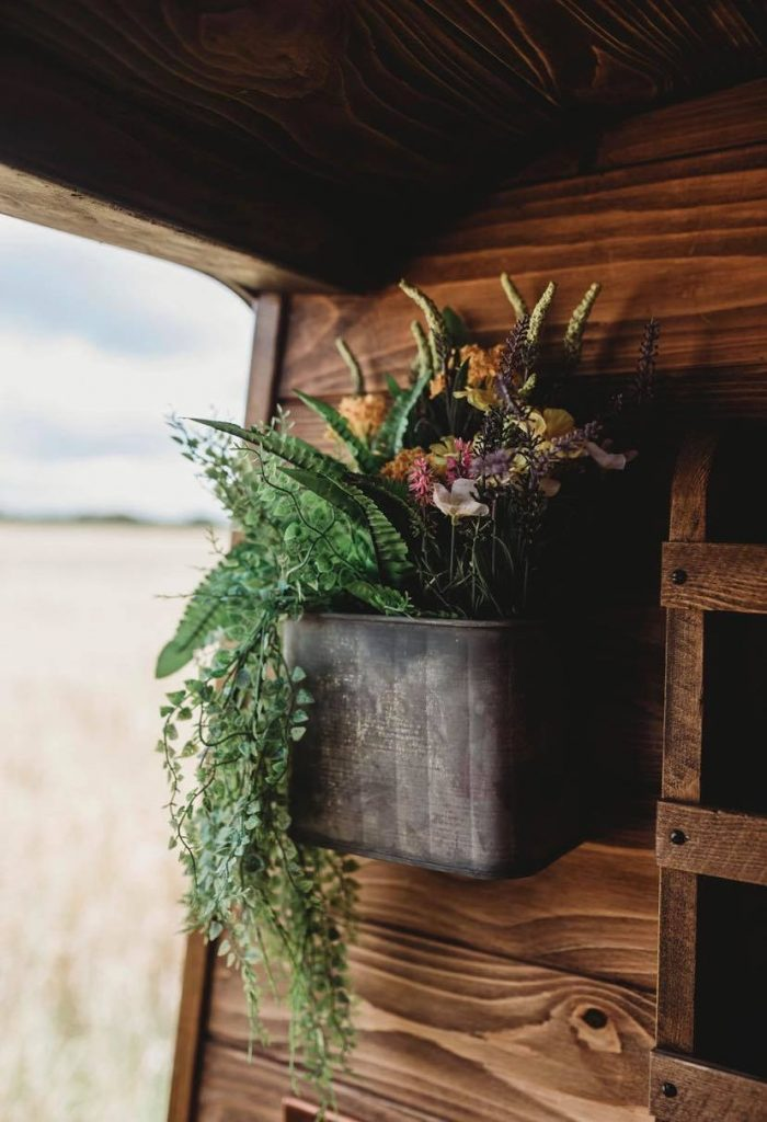 Faith – custom build camper – flowers