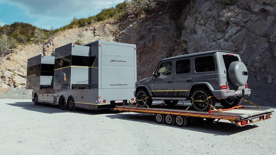 Motorhome towing G-Class Mercedes