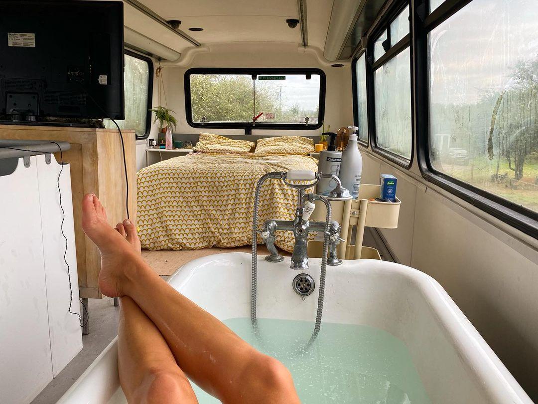 full sized bath inside of a bus
