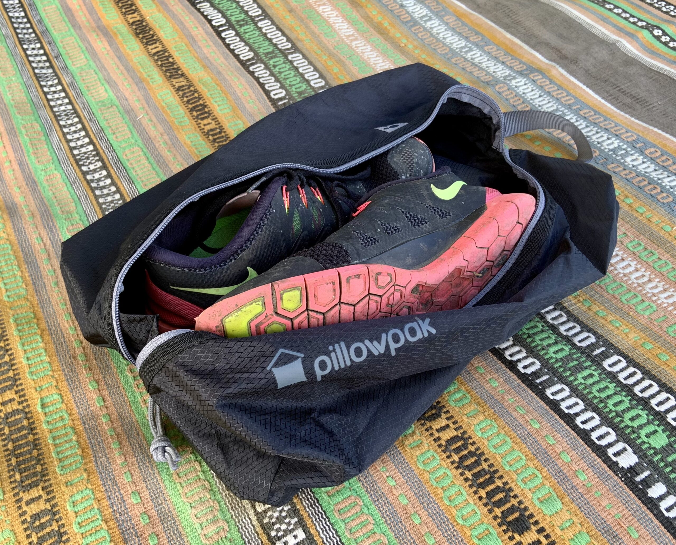 Pillowpak Shoe Bag Minimalist Storage